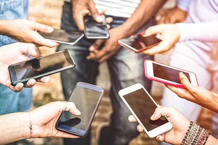Smartphone Devotees